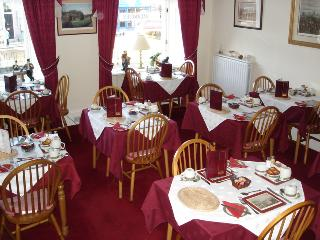 Airlie Guest House in Edinburgh from £23