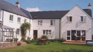 Glanusk Farm Bed and Breakfast