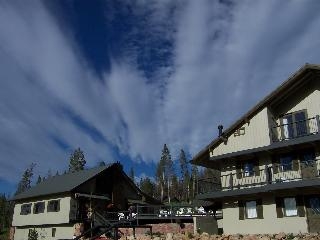High Mountain Lodge