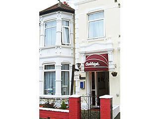 Oakleigh Guest House in Portsmouth from £22