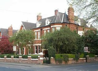 Ascot House (Bed & Breakfast)