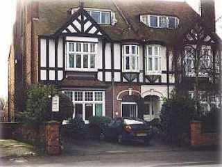 Chesterfields (Bed and Breakfast)