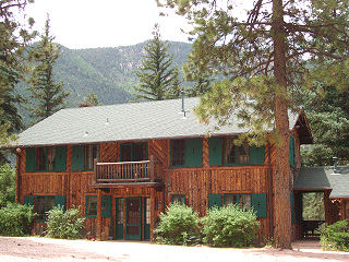 Americas Rocky Mountain Lodge and Cabins