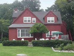 Woods Hole Passage Bed And Breakfast
