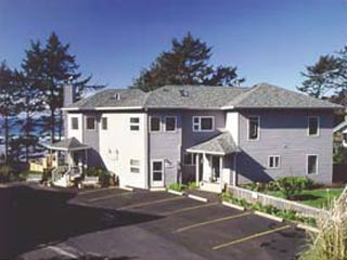 Tyee Lodge Oceanfront B&B