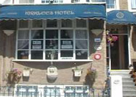 Kirklees Hotel (Bed and Breakfast)