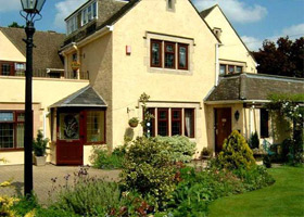 Coombe House Bed And Breakfast