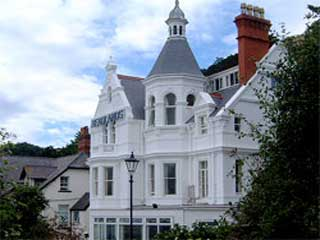 Headlands Hotel in Llandudno from £40