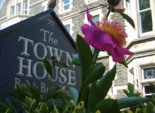 The Town House (Bed & Breakfast)