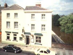 Eaton Hotel (Bed and Breakfast)