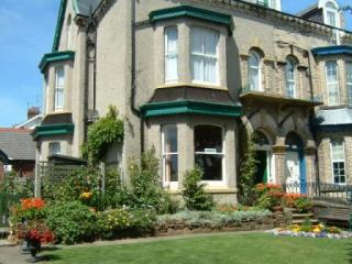 Barrie Guest House (B&B)