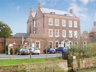Cley Hall Hotel (B&B)