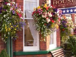 Bootham City Centre Guest House (B&B)