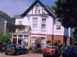 Ashbourne Guest House (B&B)