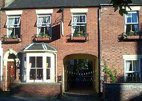 Clayhanger Guest House Hotel (with B&B)