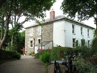 Nanterrow Farm (Bed and Breakfast)